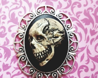 MORBID Skull Cameo Goth Steam punk Necklace with Chain
