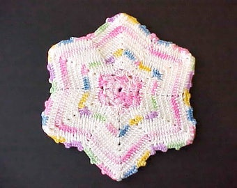 Pretty Vintage 1950's Star Shaped Crochet Pot Holder in Pastels
