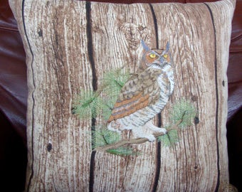 Embroidered cushion, pillow cover, Great horned Owl, Gift for bird or Owl lover.