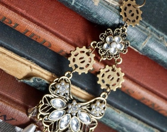 Steampunk Jewelry, Steampunk Necklace, Gears, Rhinestones and Pearls, Art Deco Jewelry, Deco Punk, Steampunk Pendant, Statement Jewelry