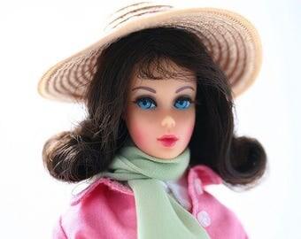 Vintage Marlo Flip Mod Era Barbie 1970's