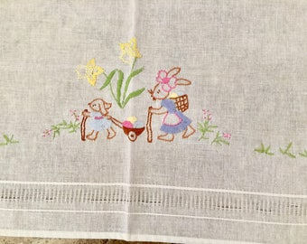 Vintage Hand Embroidered Easter Tablecloth 31 Inches Square
