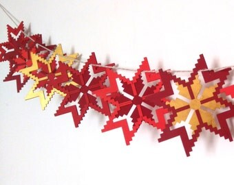 Red and Gold Star Garland - Christmas Garland - Christmas Mantle Garland - Christmas Bunting - Star Bunting - Rustic Mantle Decor
