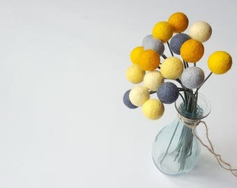 Felt billy balls, billy ball flowers, felt ball flowers, felt ball bouquet, felt craspedia, pom pom flowers, alternative bridal bouquet