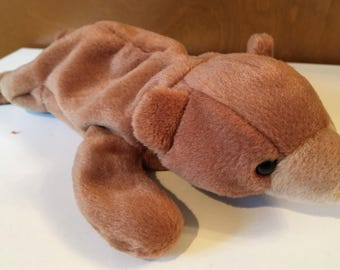 Cubbie, the brown bear Beanie Baby