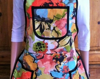 Artist or Gardener Apron by Mary's Harvest Thyme Aprons™ copyright 1997