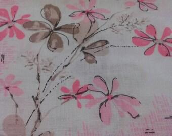Vintage Floral Tablecloth Linen Pink