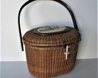Vintage Farnum Nantucket basket purse, Woman's accessory, 2 ducks scrimshaw, woven handbag, gift idea