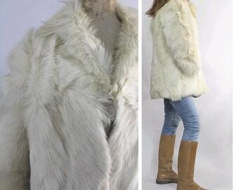 1970 shaggy white  fur Coat Boho / 70s white boho fur coat