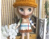 "Petite Blythe / Little Dal Outfit : ""Hello Bear Set"" (Dress and Crochet hat)"