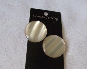 STUNNING Moonglow Button Pierced Earrings-R3919