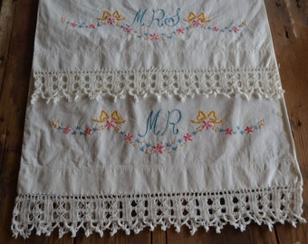 vintage pillowcase pair: Mr. Mrs. embroidery design with lace edge