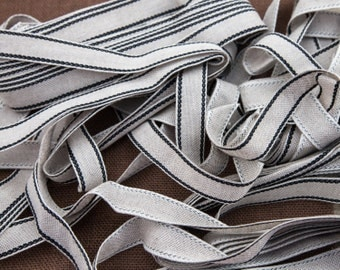 "5 Yards of Vintage 1"" Woven Cotton Ribbon Trim. Natural Tone with Black Stitching on the Edge. Woven Tape Ribbon. Sewing. Item 4086T"