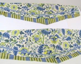 Gorgeous Vintage Waverly Cotton Blue Yellow and White Valance Curtains