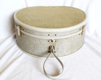 Vintage Samsonite round suitcase…Ultralite Samsonite hat box...overnight bag.