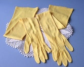 VINTAGE Long Opera Length Yellow Gloves . Kayser Made in USA . sz 6-1/2