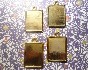 4 Goldplated Picture Frame Pendants