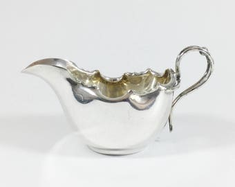 Vintage silver plated gravy boat, Small epns sauce jug, Daniel & Arter, Fluted edge