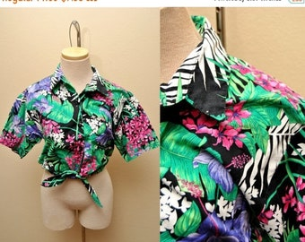 ON SALE Tropical Jungle Patterned Button Down Crop Top Womens Size Medium