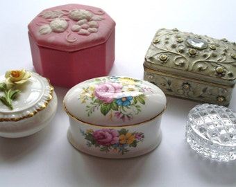 gorgeous collection of 5 ladies vintage dresser/trinket boxes