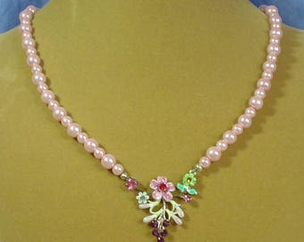 """Absolutely STUNNING 20"""" Pink Pearl with Floral Focal necklace - N468"""