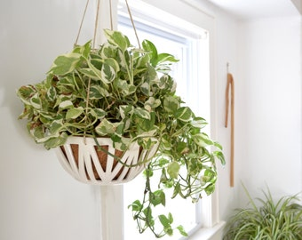 SET SAVINGS- 30% Off Plant Lovers Set (Set of 2 Hanging Planters)