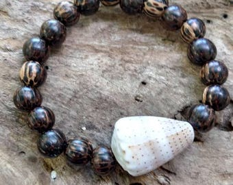 Hawaiian Abbreviated Cone Shell Bracelet