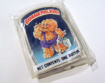 Vintage 1980s Garbage Pail Kids KIT ZIT Pin / Button