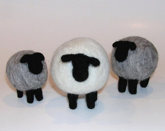 NEEDLE FELTING TUTORIAL / Shapely Sheep / Beginner Felting Pictorial and Downloadable Instructions / learn to needle felt sheep / beginner