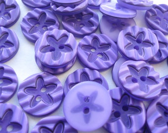 15mm Purple Flat Round Buttons with Star Pattern, 2-Hole Resin Sewing Buttons, Pack of 12 Purple Buttons A1534