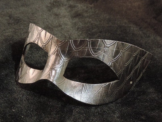 Hand Molded Leather Black Cateye Kitty Dragon Scale Masquerade Mask