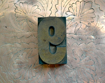 "Letterpress Wood Type 9 or 6 /WB4 / 2.5"" Tall Large Wooden Number 9 / Antique Letterpress Wood Printer's Block"