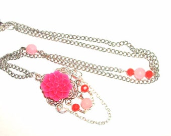Lovely pink flower red crystal unique antique vintage look necklace