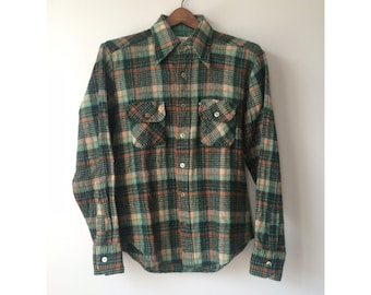 Men's wool blend plaid button down vintage green
