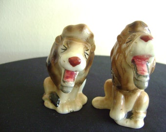 Vintage Lion Salt and Pepper Shakers Japan
