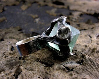 Raw FLUORITE Ring • vintage style silver gothic ring • Wide STERLING Silver BAND
