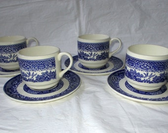"""4 Vintage 1940s Royal China (USA) BLUE WILLOW 2-7/8"""" Cups & 6"""" Saucers"""