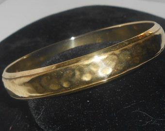 "Vintage INDIA Hammered Hollow Brass Bangle Style Bracelet - 1/2"" WIDTH"