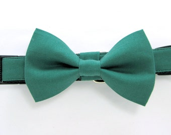 Wedding dog collar- Ivy Green Dog Collars with bow tie set  (Mini,X-Small,Small,Medium ,Large or X-Large Size)- Adjustable