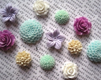 Magnet Set 12 pc Lavender, Aqua and White Decorative Magnets, Flower Magnets, Office Supply, Hostess Gifts, Wedding Favors