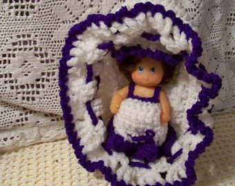 Vintage Church Doll In Crocheted Basket With Crocheted Dress