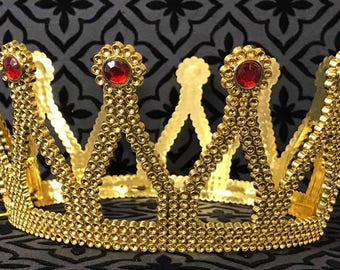 Queen Princess Plastic Gold Crown for Birthday Play Dress-up Prom Sweet 16
