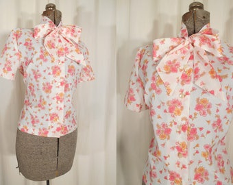 Vintage 1960s Blouse / 60s White Pink Floral Bow Blouse Large / Short Sleeve Bow Blouse Size L