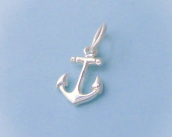 1 Sterling Silver Tiny Anchor Charm, 3D