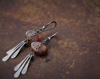 Sunstone organic pebbles and sterling silver wire wrapped dangle earrings, fringe, paddle earrings, rustic, asymmetrical, peachy orange gem