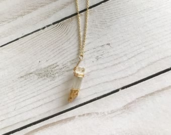 Gold dipped quartz crystal pendant necklace