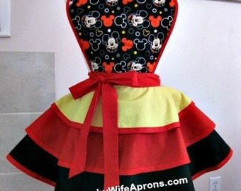 Apron number 4027 - Mickey mouse ruffled retro hostess apron