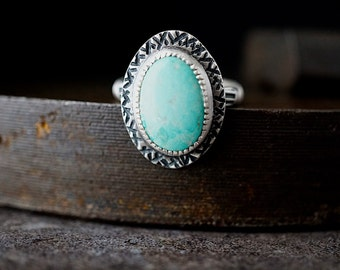 Natural Turquoise Ring , Size 7 , Kingman Sterling , Blue Gem Ring , Hand Stamped Textured Silver Jewelry