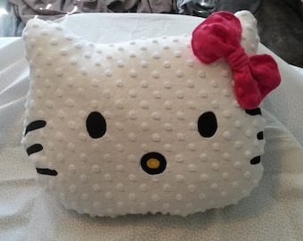 "15"" Hello Kitty Pillow"