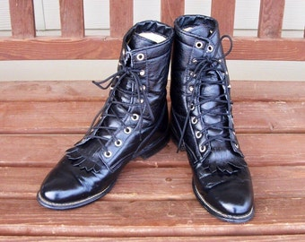 Women's size 8 M Texas brand shiny BLACK  leather lace up cowboy boots -Near new -roper style - Made in USA- dress up - costume